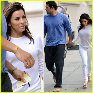 Eva Longoria & Mark Sanchez: Holding Hands in New York City!
