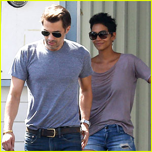 Halle Berry & Olivier Martinez: House Hunting in Malibu!