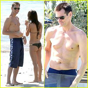 Jim Carrey: Shirtless Saturday In Malibu!