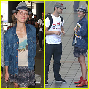 Marion Cotillard & Joseph Gordon-Levitt Reunite at LAX!