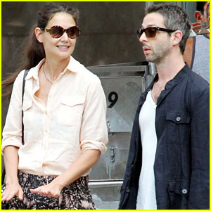 Katie Holmes: Off-Broadway Matinee with Jeremy Strong!