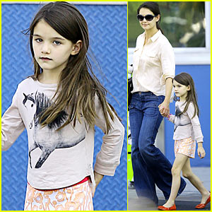 Katie Holmes: 'Holmes & Yang' Fashion Show One Week Away!