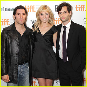 Penn Badgley: 'So Happy' for Blake Lively & Ryan Reynolds!