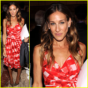 Sarah Jessica Parker: Artistry of Fashion Awards!