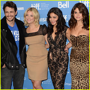 Vanessa, Selena, &#038; Ashley: 'Spring Breakers' Photo Call at TIFF!