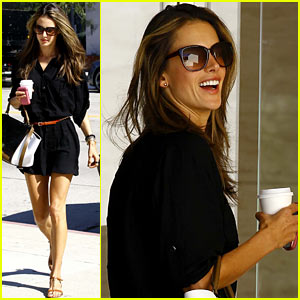 Alessandra Ambrosio: Recording Studio Beauty!