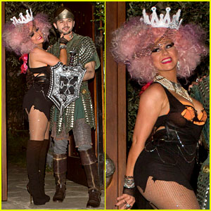 christina aguilera halloween party with matthew rutler - Christina Aguilera Halloween