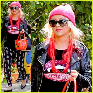 christina aguilera maxs halloween festivities - Christina Aguilera Halloween