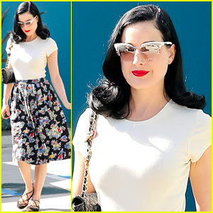 Dita Von Teese: 'Strip Strip Hooray' New York Tickets Available!