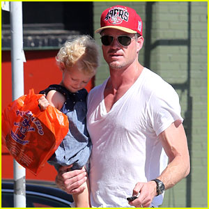 Eric Dane: Puzzle Zoo with Billie!