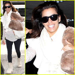 Eva Longoria Loves Rainy Los Angeles!