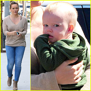 Hilary Duff: Quick Errands with Luca!