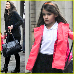 Katie Holmes & Suri: Rainy Tuesday Twosome
