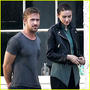 Ryan Gosling Serenades Rooney Mara on 'Malick' Set!