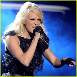 Carrie Underwood's AMAs Performance 2012 - Watch Now!