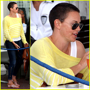 Charlize Theron: Shaved Head in South Africa!