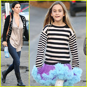 Courteney Cox & Coco: Halloween Shopping Fun!