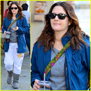Drew Barrymore: Los Angeles Stroll!