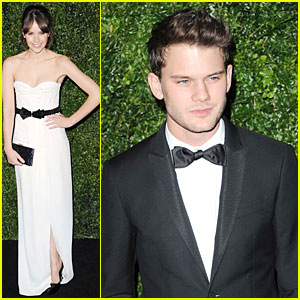 Felicity Jones & Jeremy Irvine: London Evening Standard Theatre Awards!