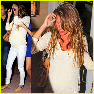 Gisele Bundchen: Baby Bump in Miami!