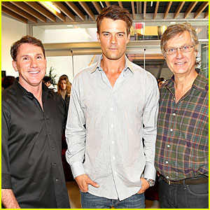 Josh Duhamel: 'Safe Haven' AFM Reception!