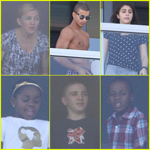 Madonna: Thanksgiving in Miami!