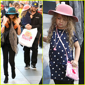 Nicole Richie & Joel Madden: 'Yo Gabba Gabba' Show With the Kids!