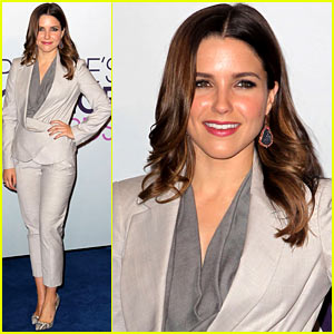 Sophia Bush Helps Announce People's Choice Award Nominations 2013