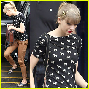 Taylor Swift: Acoustic 'I Knew You Were Trouble' Performance - Watch Now!