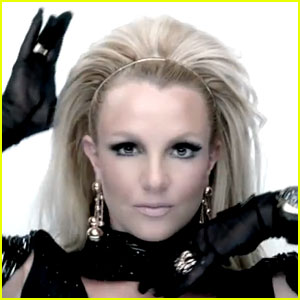 will.i.am & Britney Spears: 'Scream And Shout' Video Premiere - Watch Now!
