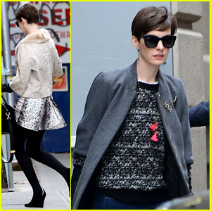 Anne Hathaway on Wardrobe Malfunction: 'It Was Devastating'