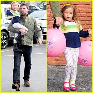 Ben Affleck & Seraphina: Baskin Robbins Stop!