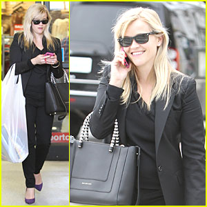 Reese Witherspoon: I Couldn't Remember the Name for Refrigerator!