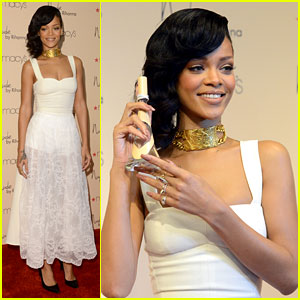 Rihanna: 'Nude by Rihanna' Fragrance Launch!