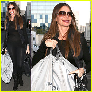 Sofia Vergara: Sheer Garment Carrying Gal!