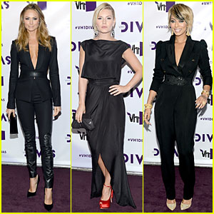 Stacy Keibler & Elisha Cuthbert - VH1 Divas 2012 Red Carpet!