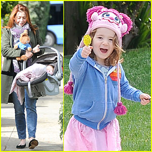 Alyson Hannigan: Motherhood is the Most Rewarding Job Ever!
