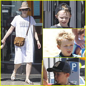 Cate Blanchett: Sydney Beach Day with the Boys!
