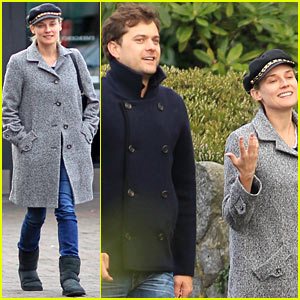Diane Kruger &#038; Joshua Jackson: Football Sunday!