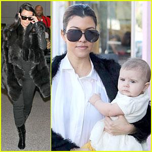 Kim Kardashian: Autograph Signing at LAX Airport!