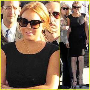 Lindsay Lohan Arrives in Court, Avoids Jail Time