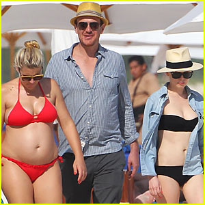 Michelle Williams & Busy Philipps: Bikini Beach Gals with Jason Segel!