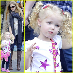 Amy Adams: Lunch with Aviana!