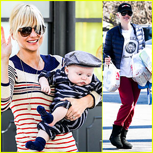 Anna Faris & Jack: Baby Gap Shopping Duo!