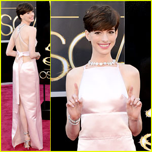 http://cdn02.cdn.justjared.com/wp-content/uploads/headlines/2013/02/anne-hathaway-oscars-2013-red-carpet.jpg