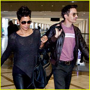 Halle Berry & Olivier Martinez Take Flight in Los Angeles