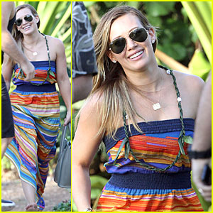 Hilary Duff: Hawaii Sunset Stroll!