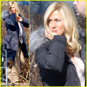 Jennifer Aniston: Wavy Blonde Hair for 'Elmore Leonard' Project!