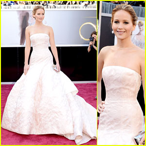 Jennifer Lawrence - Oscars 2013 Red Carpet
