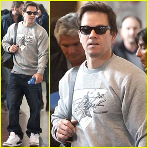 Mark Wahlberg Presenting at Oscars with 'Ted'